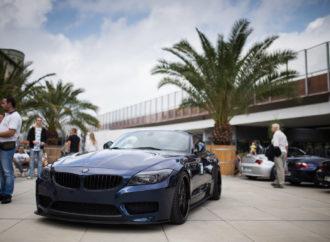 Ryk silników zamiast hejnału. Rzadkie modele BMW na chorzowskim rynku