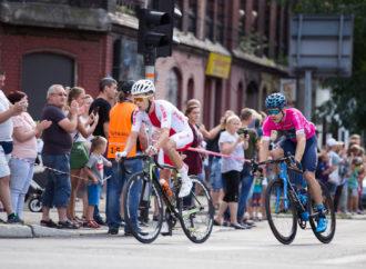Tour de Pologne. Kolarze przejechali przez Chorzów. W poniedziałek start na Śląskim