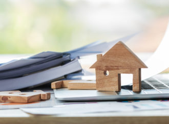 Jak bezpiecznie wziąć pożyczkę przez internet?