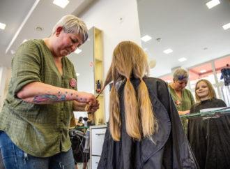 Masz długie włosy i wielkie serce? Dołącz do akcji