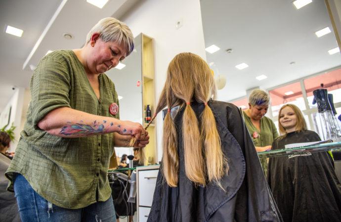 Oddaj włosy w dobrej sprawie
