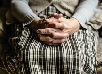 Gimanstyka, arteterapia i joga online. Fundacja Park Śląski wspiera seniorów w czasie izolacji
