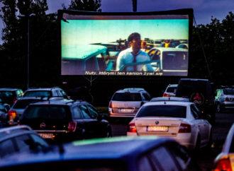 Najlepsze filmy studyjne w kinie samochodowym na Stadionie Śląskim