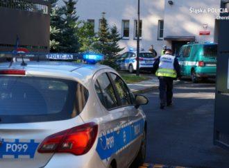 Atak terrorystyczny i odbijanie zakładników. Ćwiczenia chorzowskiej policji
