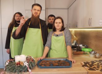 Gotowanie online. Przepis na klasztorne pierniki od Franciszkanów