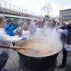 Wielkie gotowanie na rynku. Rozdadzą 500 porcji żuru