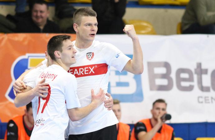 Clearex stracił kapitana, ale przywiózł trzy punkty z Podlasia