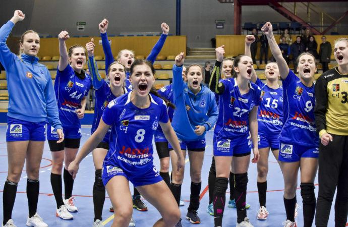 Niebieskie zagrają w najwyższej klasie rozgrywkowej… w Czechach i na Słowacji!