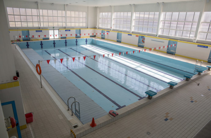 Więcej osób skorzysta z basenów