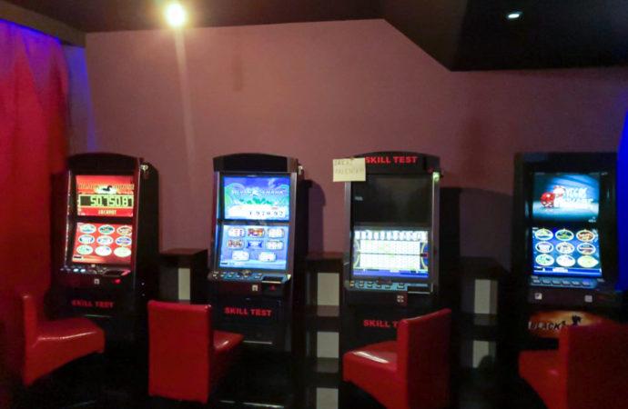 Policja zamknęła nielegalny salon gier