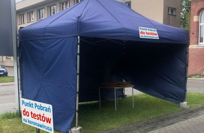 Nowy namiot przy ZSM. To punkt do diagnostyki osób na kwarantannie