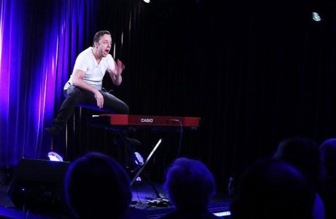 Muzyczny stand-up znanego artysty