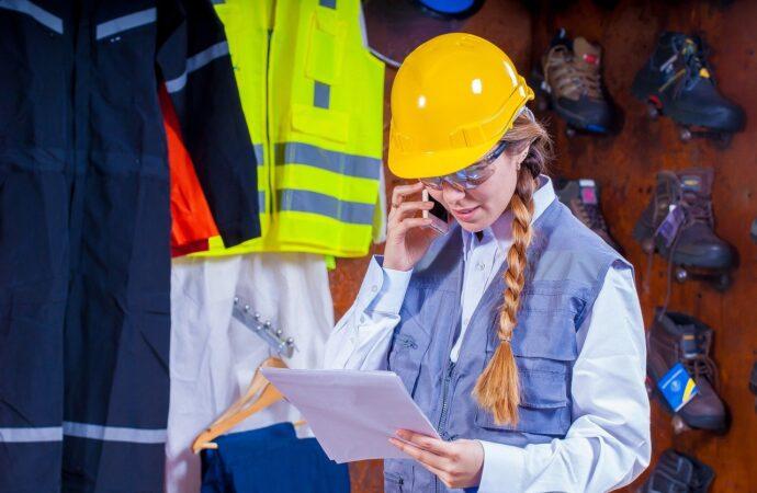 Odzież robocza. Co warto wiedzieć w zakresie BHP?