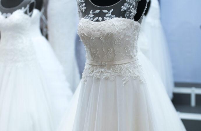Suknie ślubne dla kobiet w ciąży – najlepsze propozycje dla Ciebie!