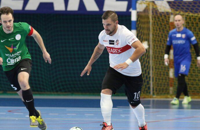 Leszczak wprowadził Polskę na Euro! Cztery gole snajpera Cleareksu z Czechami