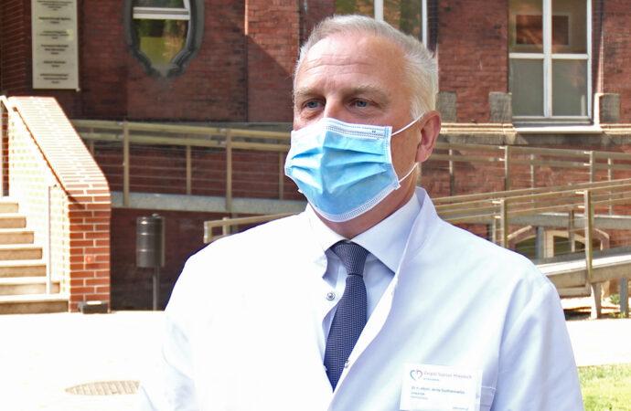 Dyrektor chorzowskiego szpitala o trzeciej fali: Nie możemy tracić czujności.