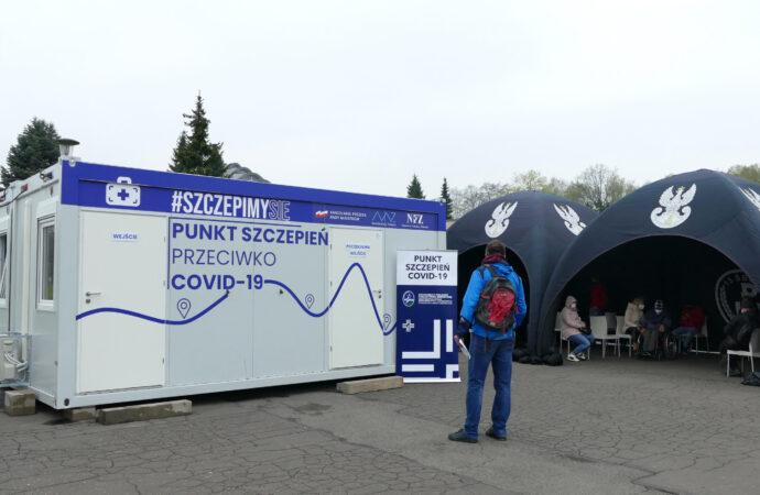 Ponad 3 tys. osób zaszczepiło się na majówkę w Parku Śląskim