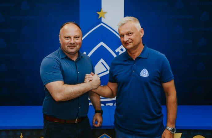 Ruch ma nowego trenera. W Jastrzębiu zrobił dwa awanse. Powtórzy to z Niebieskimi?