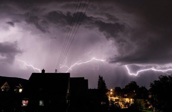 Burza i zepsuty sprzęt – dwa zagrożenia dla naszego domu!