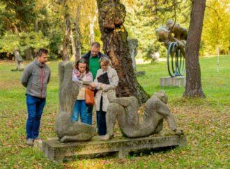 Sześć kolejnych rzeźb w Parku Śląskim przejdzie konserwację